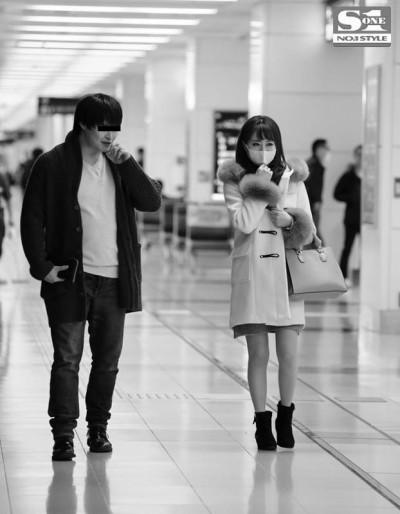 Akiho-Yoshizawa-SNIS-650-Real-peeping-on-film-1