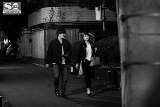 Akiho-Yoshizawa-SNIS-650-Real-peeping-on-film-7